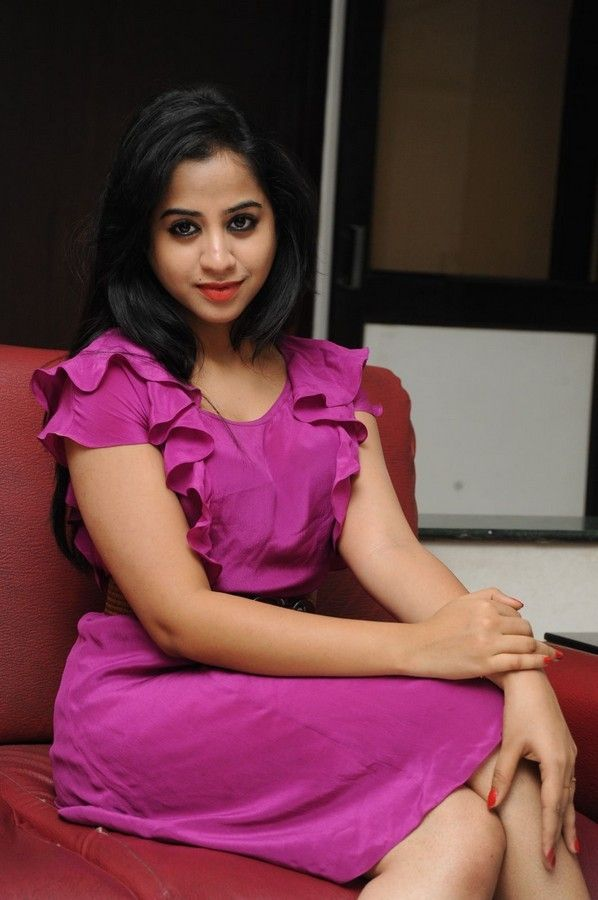 swati-dixit-latest-photo-stills-32