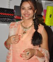swetha-basu-photos-at-fashion-run-show-12