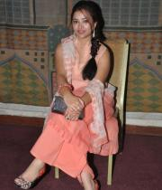 swetha-basu-photos-at-fashion-run-show-14