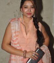 swetha-basu-photos-at-fashion-run-show-16