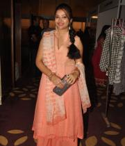 swetha-basu-photos-at-fashion-run-show-2