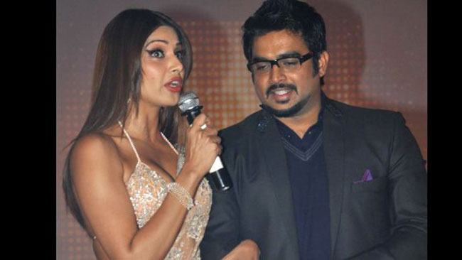 Bipasha Basu Had A Mini Cardiac Arrest To Kiss Madhavan